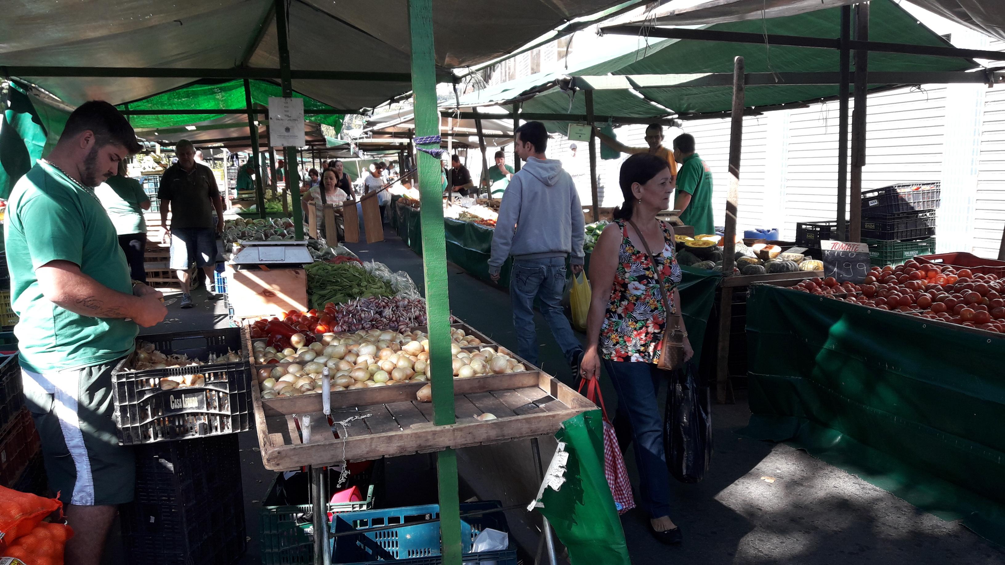 Feiras e Hortomercado funcionam normalmente durante o Carnaval